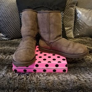 UGG Australia 5825 Classic Short Boots~ size 9W